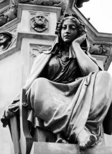 50mm Gutenbergbrunnen die Poesie